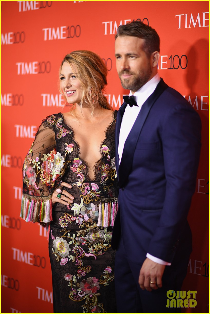 Ryan Reynolds Reacts to Blake Lively Unfollowing Him on