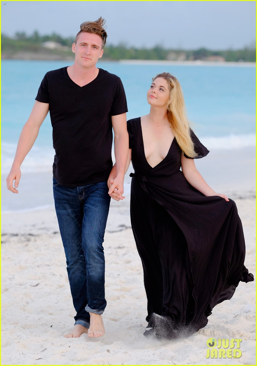sasha pieterse marries hudson sheaffer in ireland 05