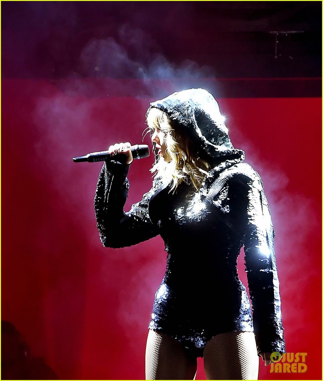 Taylor Swift: 'reputat... Taylor Swift Reputation Tour