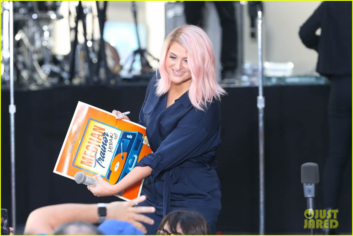 meghan trainor today show 034083987