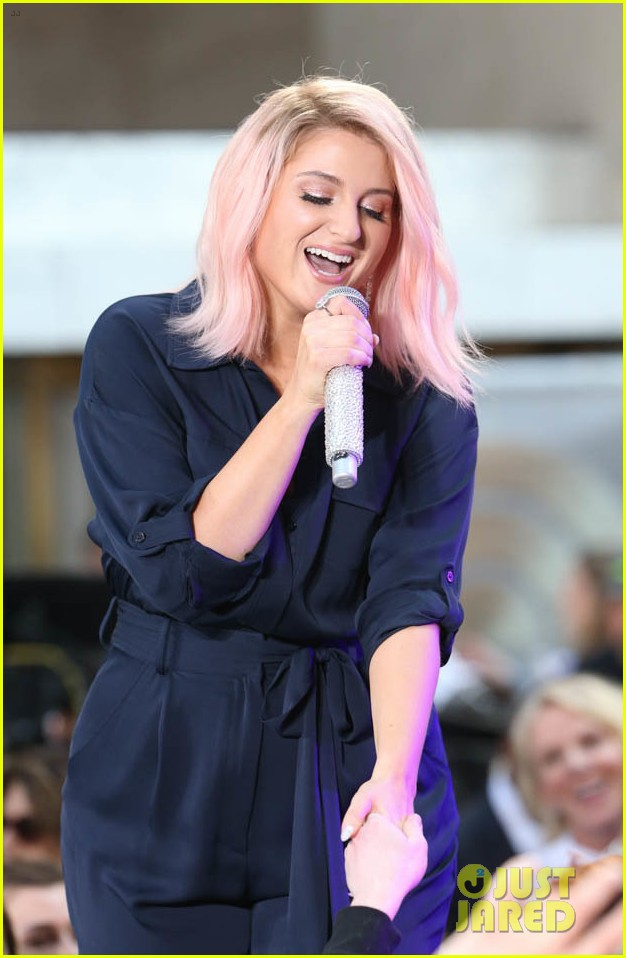 meghan trainor today show 044083988