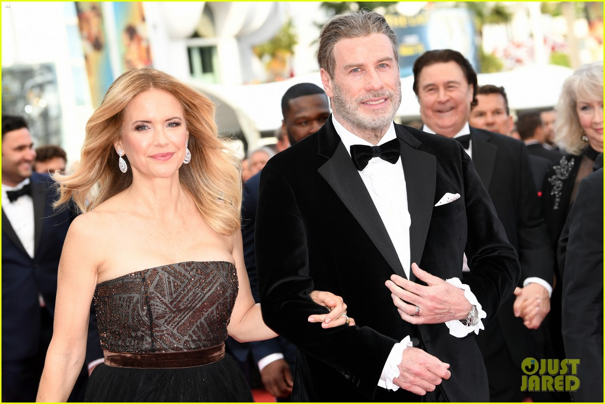 John Travolta, Kelly Preston & Their Children Hit Red Carpet at ...