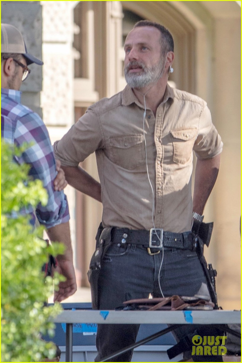 walking dead season 9 set photos andrew lincoln danai gurira 044076403