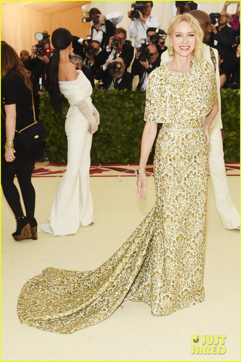 naomi watts looks regal in ornate gold dress at met gala 2018 05