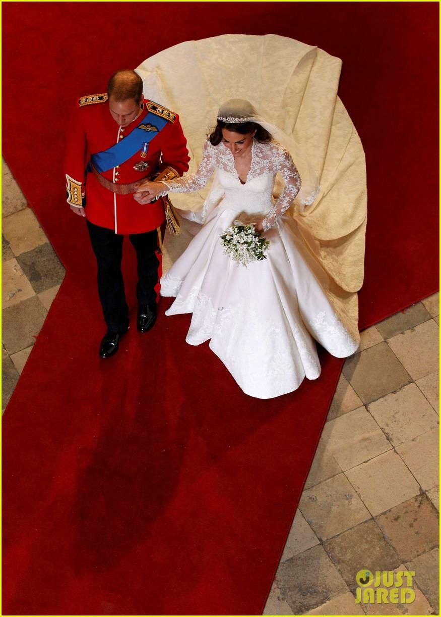 Look Back At Prince William Kate Middleton S Royal Wedding