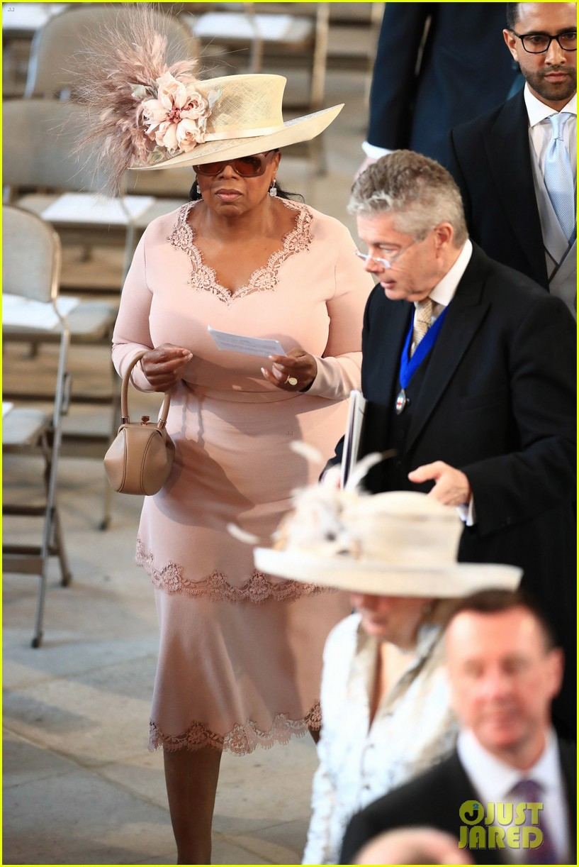 Oprah Winfrey Avoided A Royal Wedding Fashion Emergency Here S What Hened The Night Before