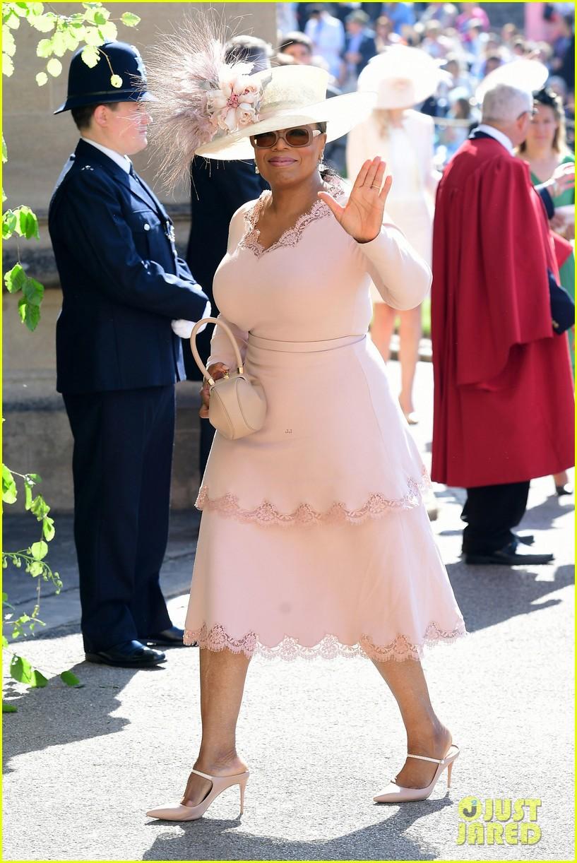 oprah winfrey idris elba royal wedding 104086144