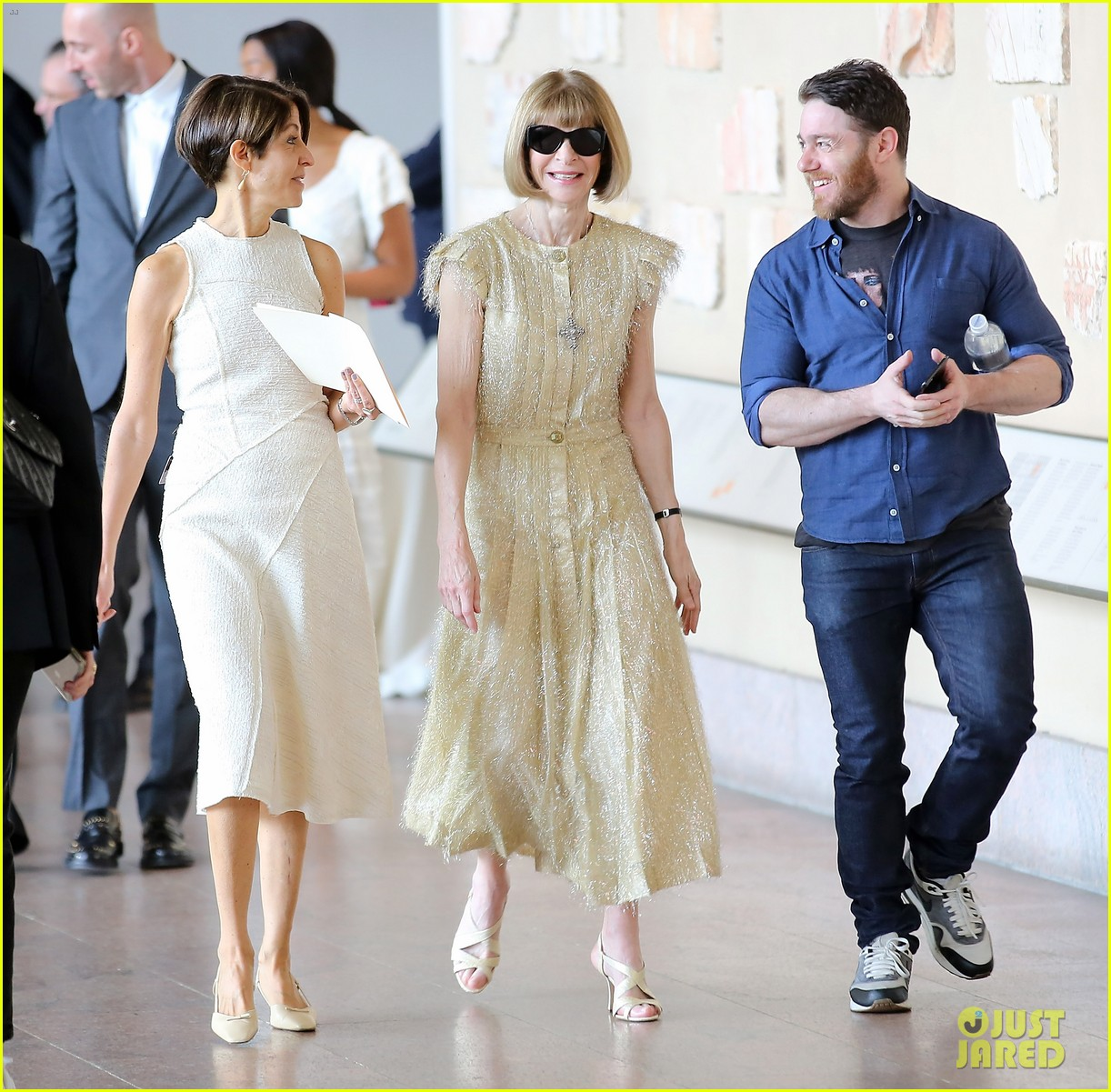 anna wintour donatella versace met gala preview 014078251
