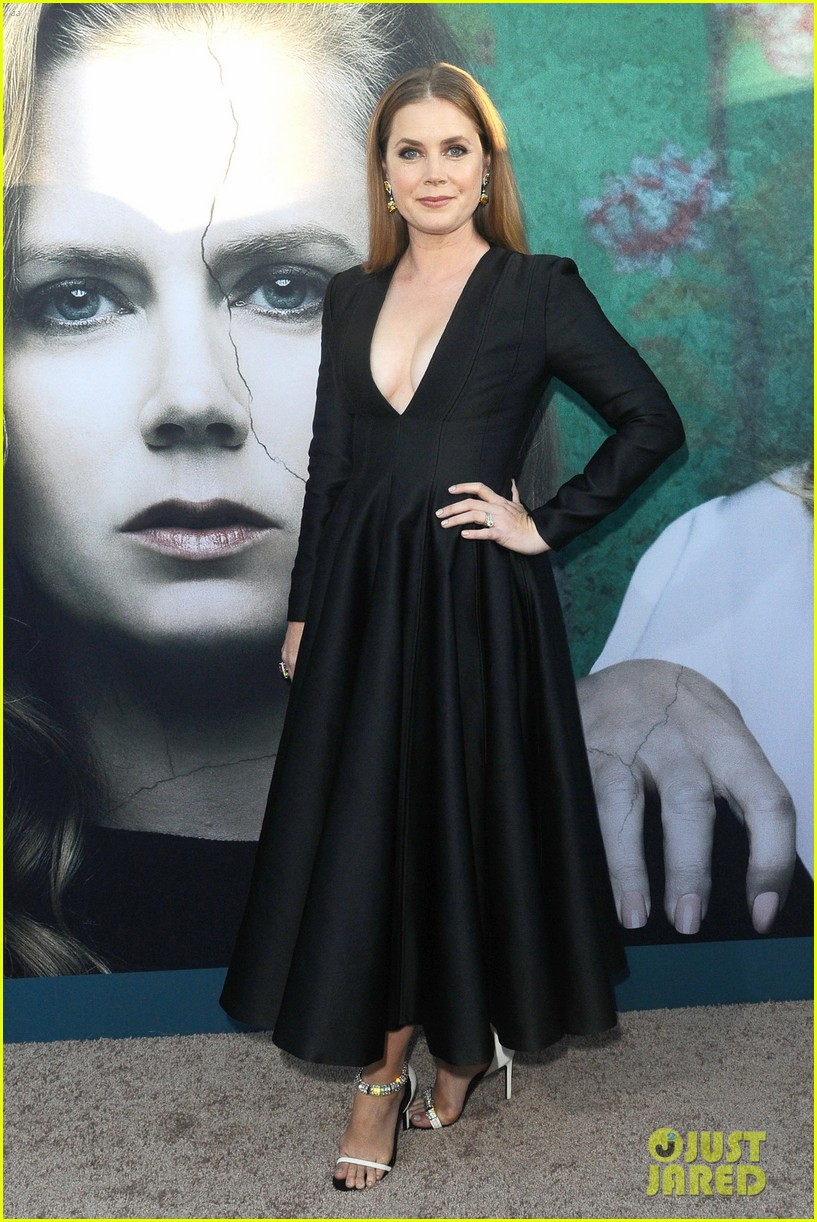 amy adams chris messina patricia clarkson sharp objects premiere 014107993