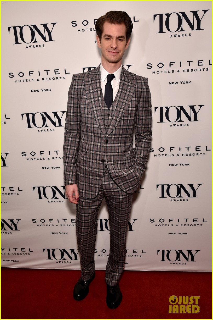 andrew garfield denise gough tony honors cocktail party 014095417