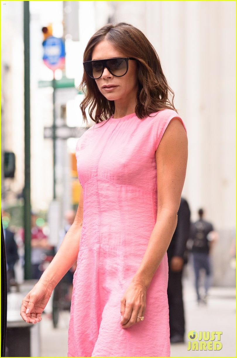 Victoria Beckham Is Making NYC Her Runway with Chic Fashion!: Photo ...