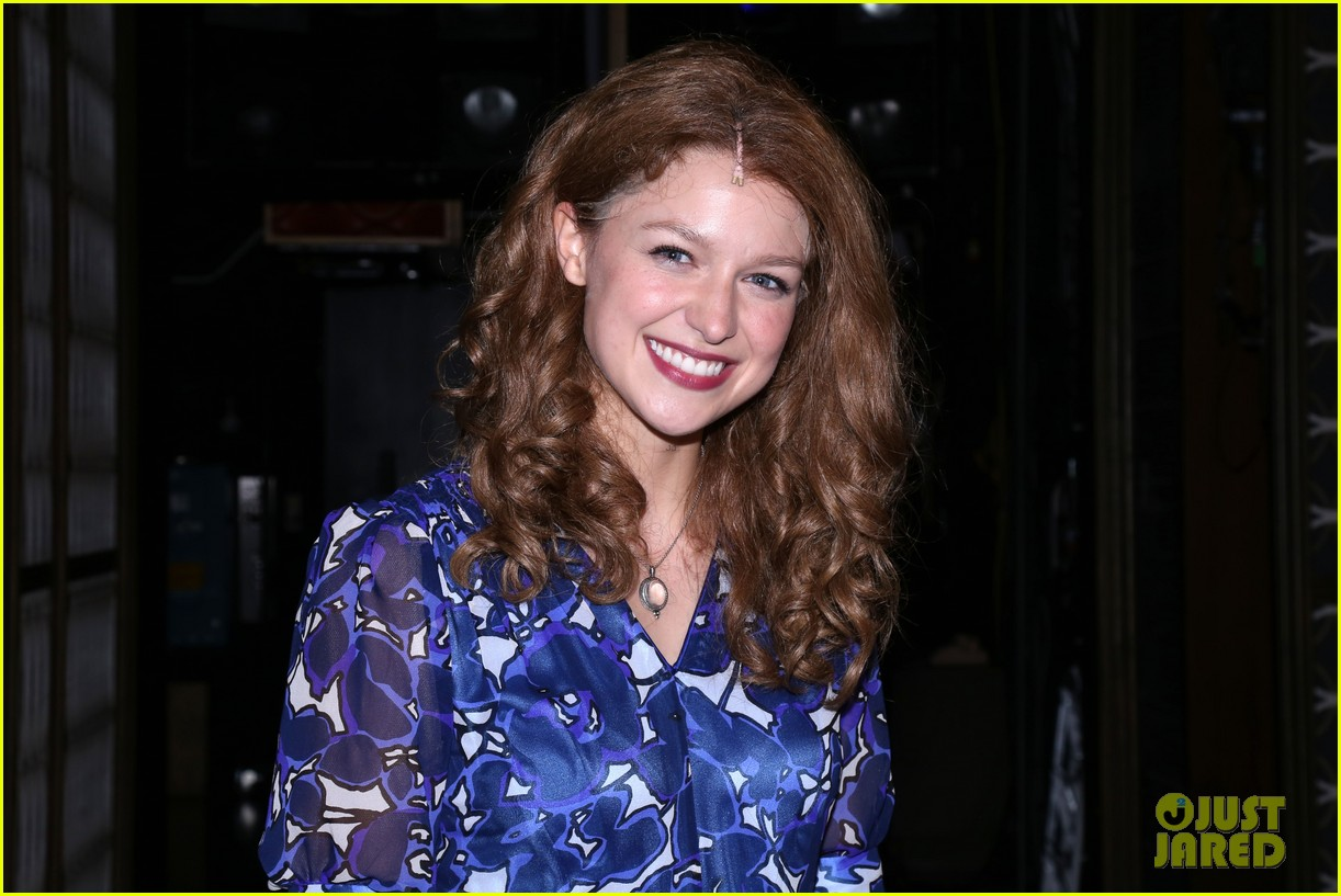 melissa benoist makes broadway debut in beautiful the carole king musical 054101001