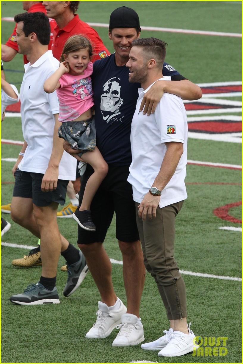 tom brady plays football with his kids best buddies 124094193