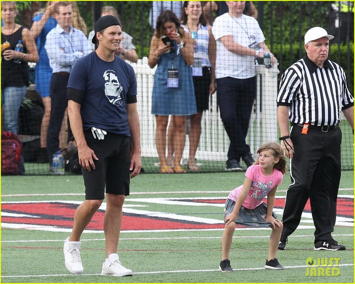 tom brady plays football with his kids best buddies 314094212