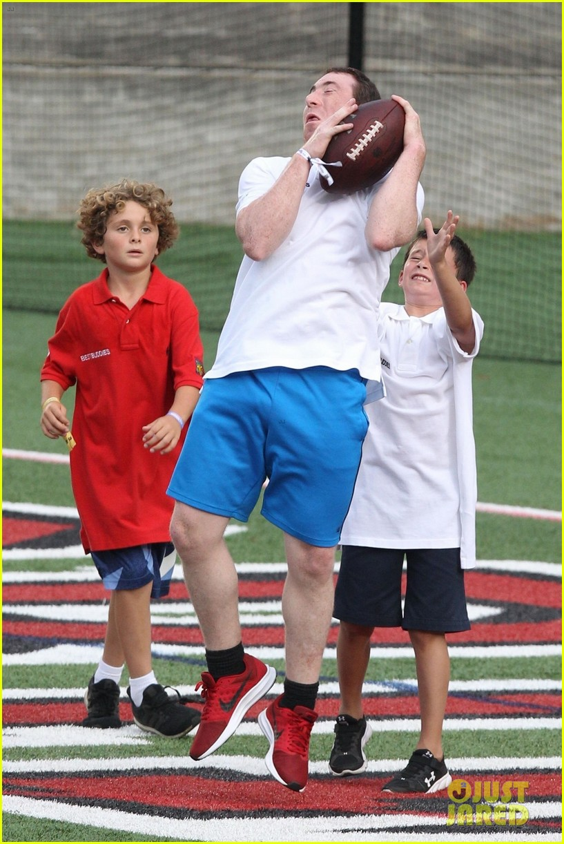 tom brady plays football with his kids best buddies 394094220