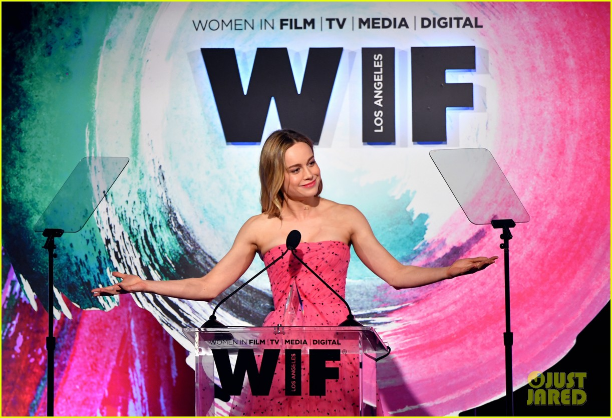 brie larson advocates for diverse critics at women in film crystal lucy awards 124101314