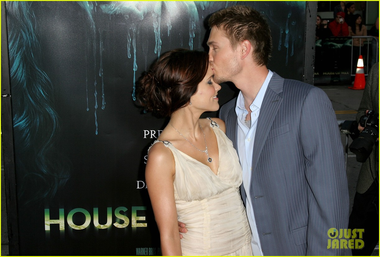 sophia bush chad michael murray marriage 074100897
