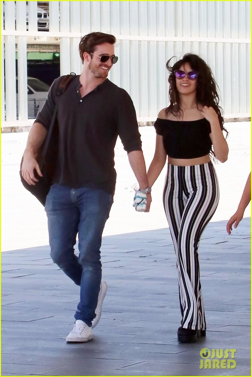 Camila Cabello Amp Boyfriend Matthew Hussey Flaunt Pda In