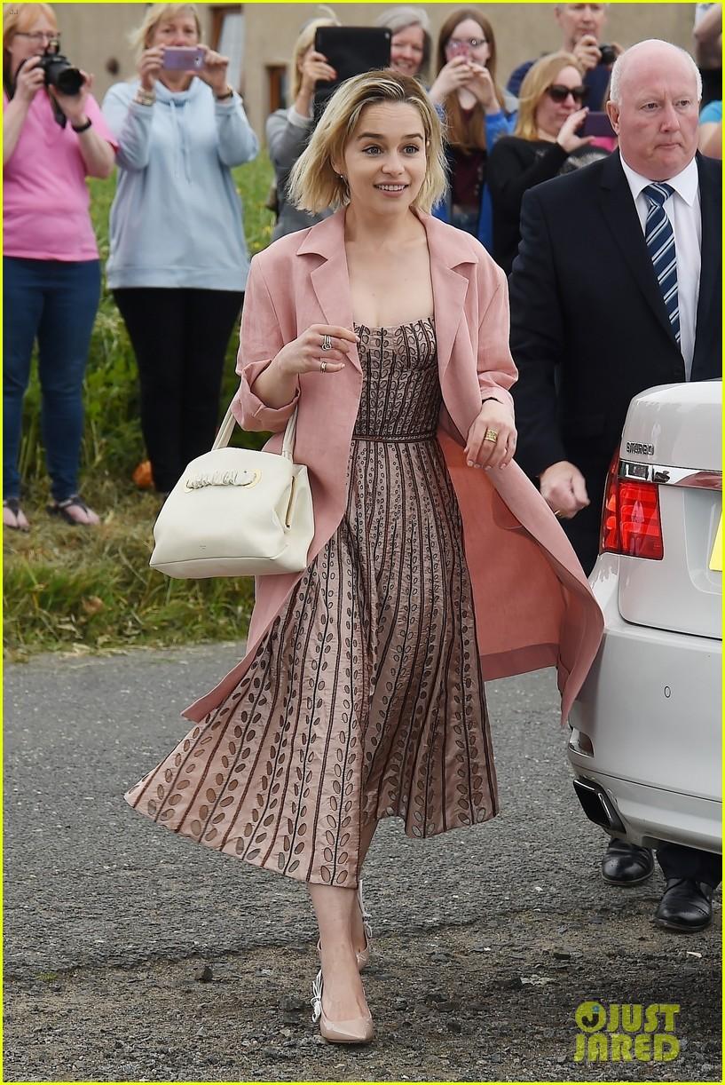emilia clarke peter dinklage kit harington rose leslie wedding 114106576