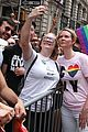 cynthia nixon pride parade nyc 2018 05