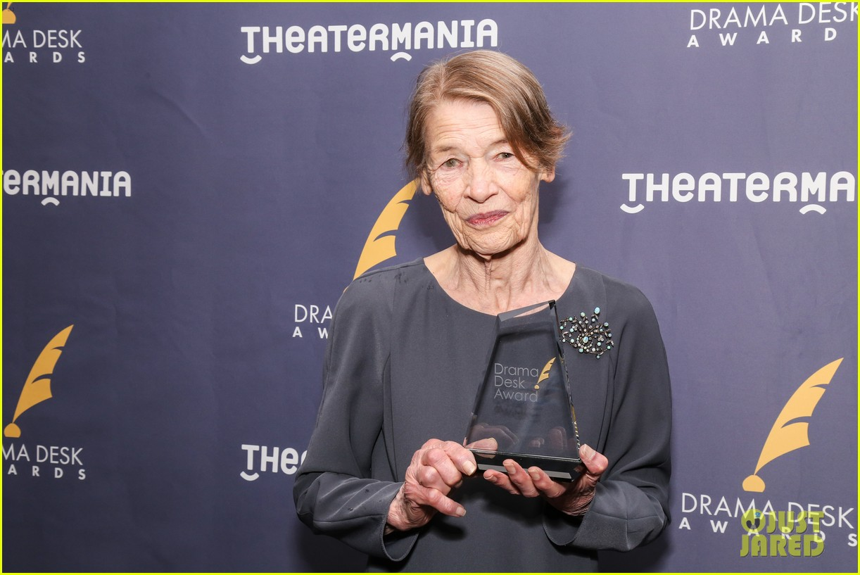 tina fey andrew garfield drama desk awards 504094936