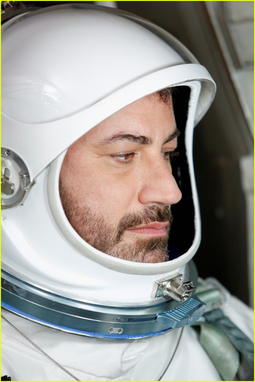 ryan gosling jimmy kimmel go to space 014098134