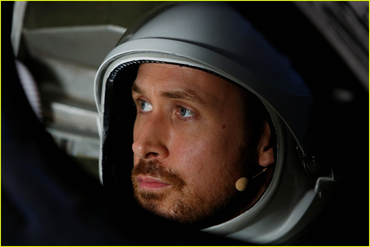 ryan gosling jimmy kimmel go to space 054098138