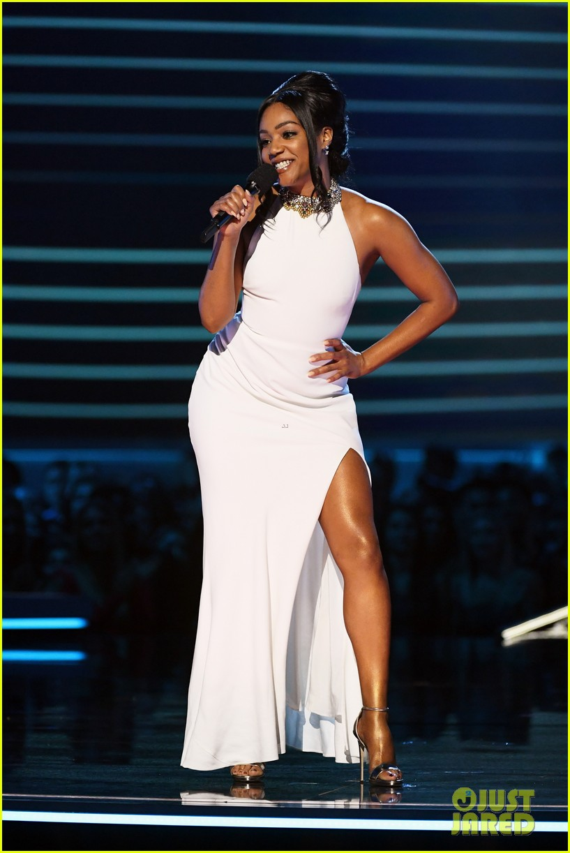 tiffany haddish alexander mcqueen dress mtv awards 014103888