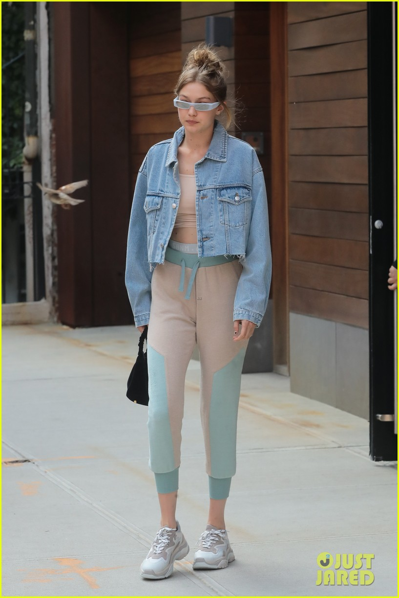 gigi hadid rocks cute crop top and sweatpants while out in nyc 024103854
