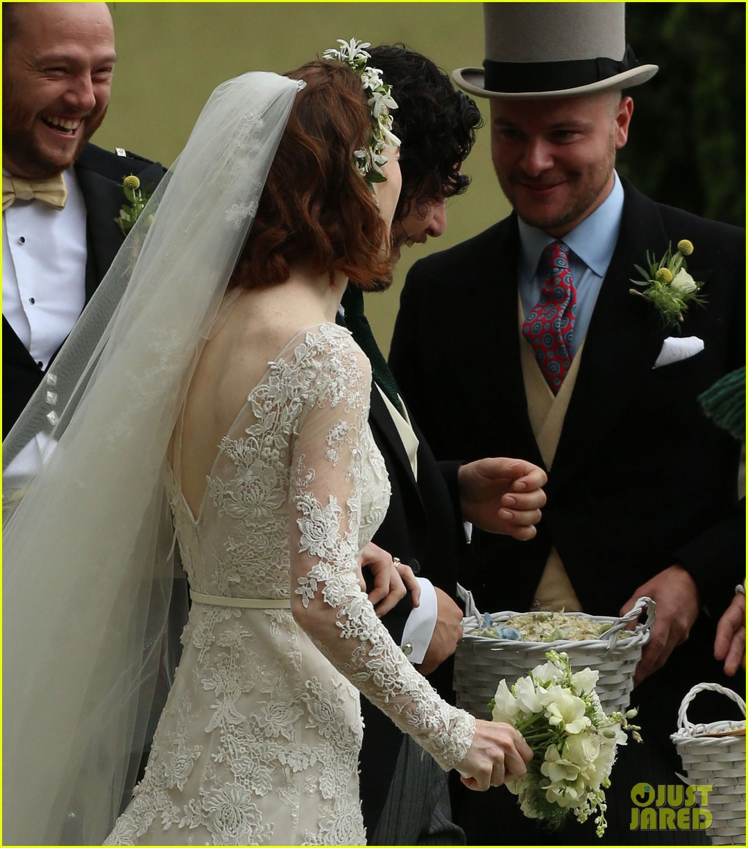Kit Harington Rose Leslie Are Married See Wedding Photos Photo