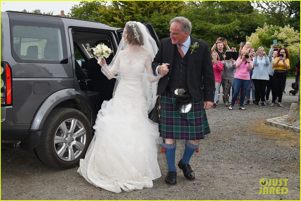 kit harington rose leslie wedding photos 404106480