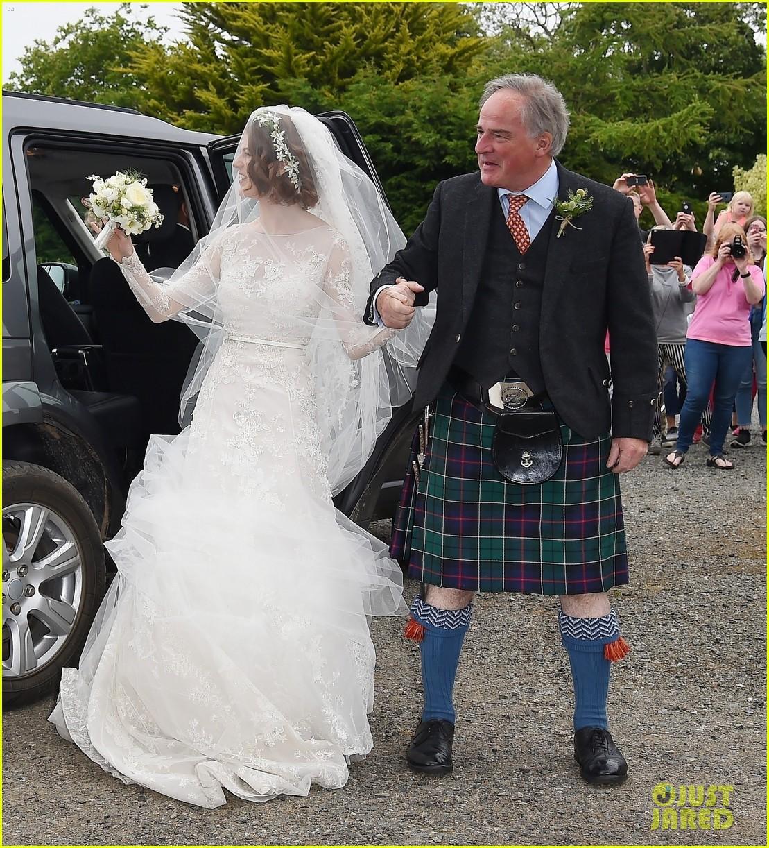 kit harington rose leslie wedding photos 414106481