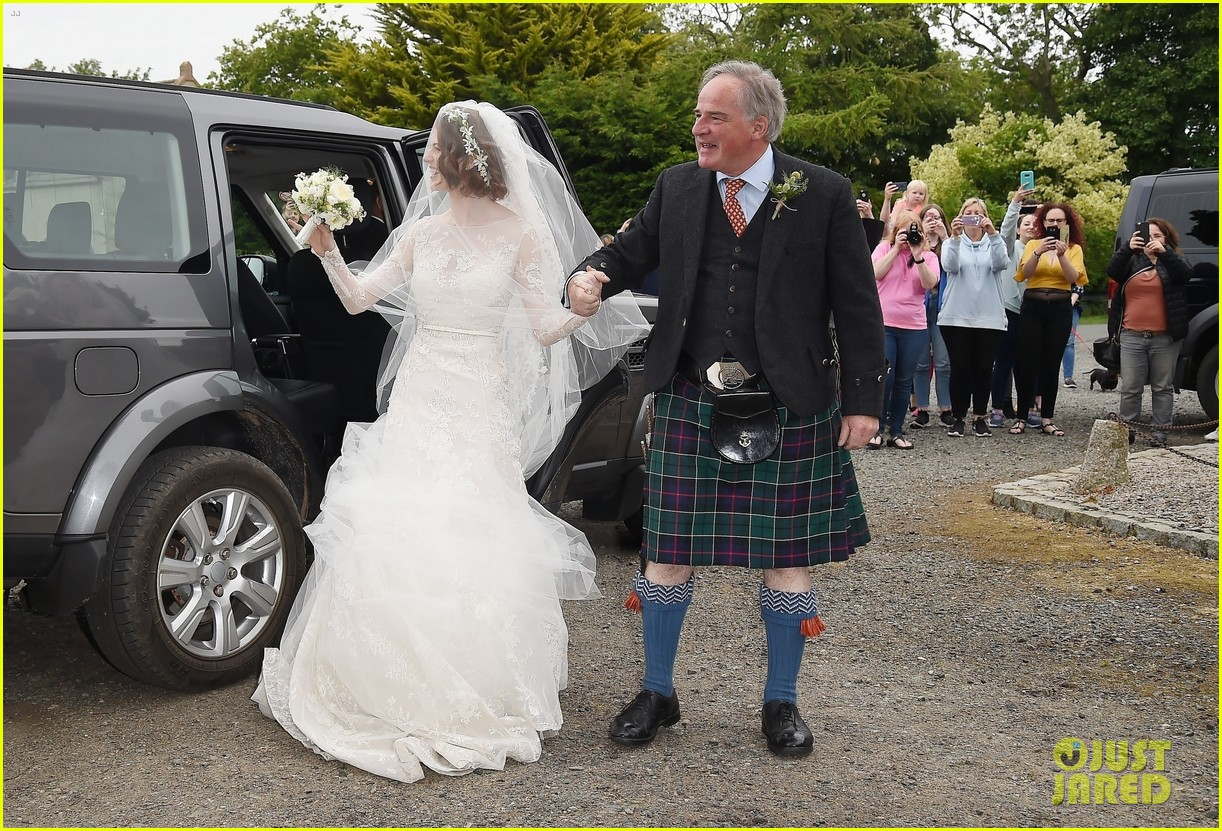 kit harington rose leslie wedding photos 424106482