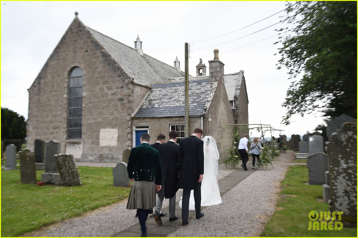kit harington rose leslie wedding photos 564106496