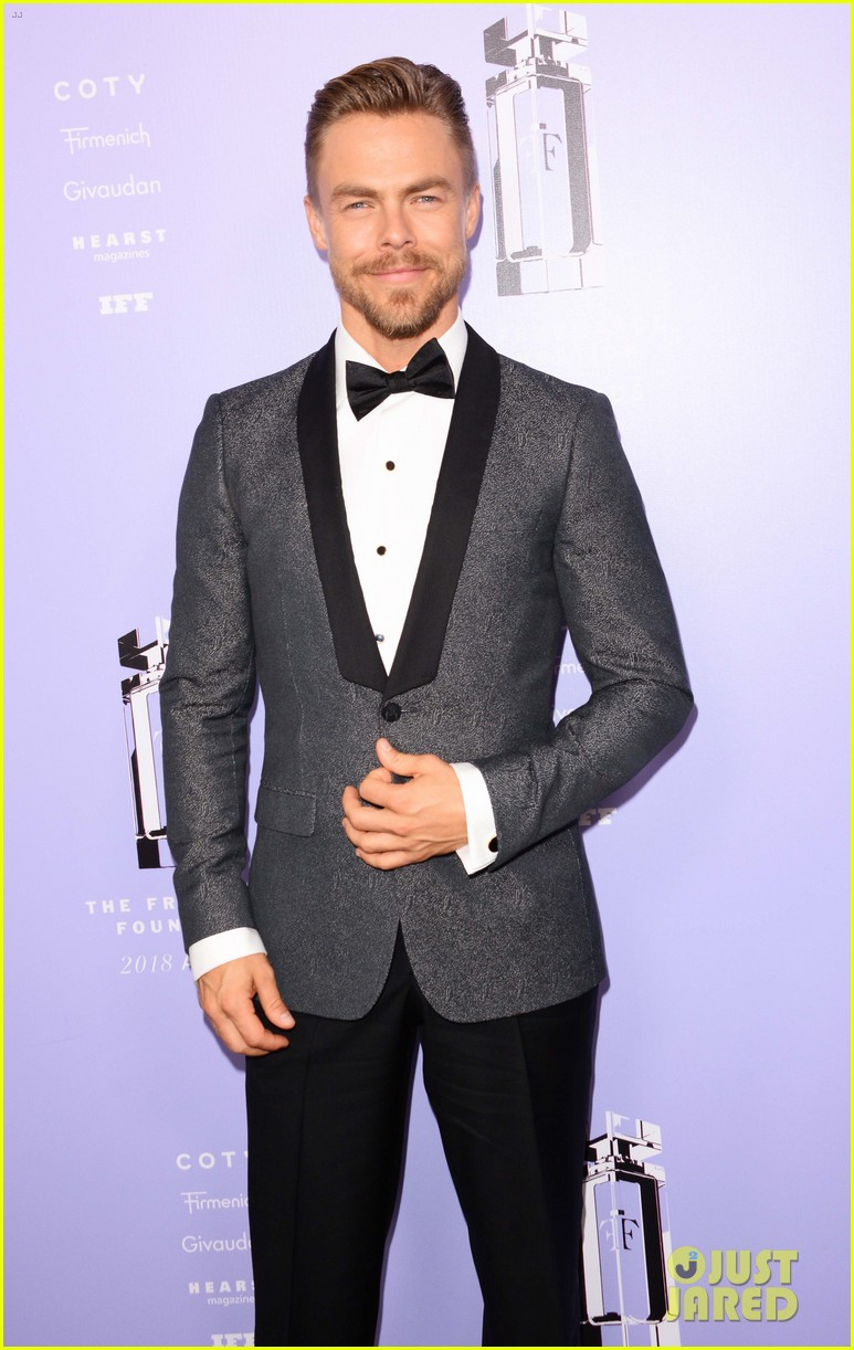 derek hough nina dobrev fragrance foundation awards 204100639