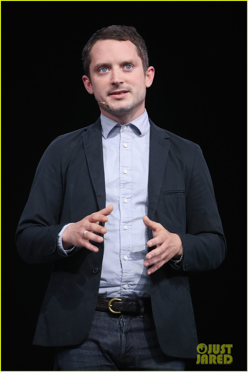 elijah wood joseph gordon levitt e3 game conference 054099779