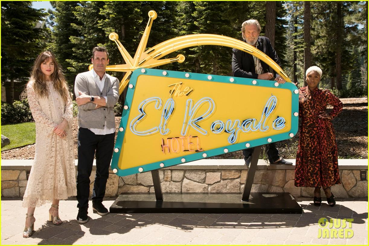 dakota johnson joins el royale cast at lake tahoe event 064109328