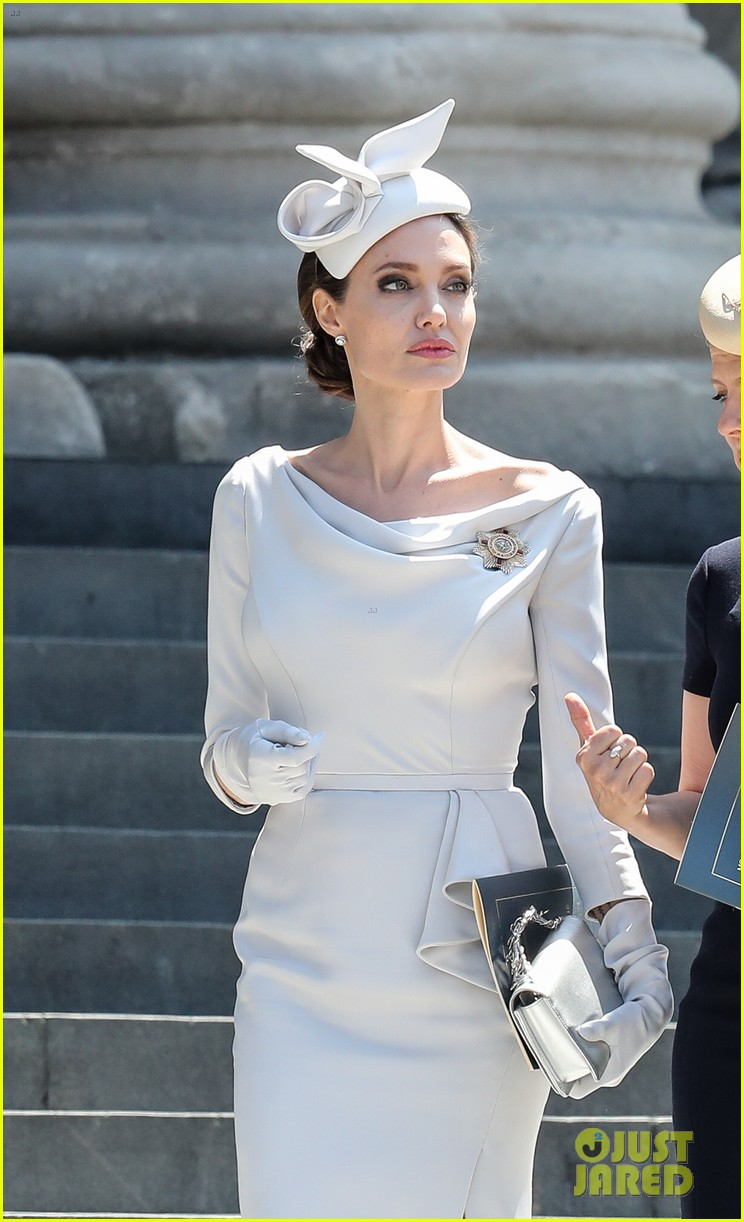 angelina jolie service of commemoration dedication 024108411