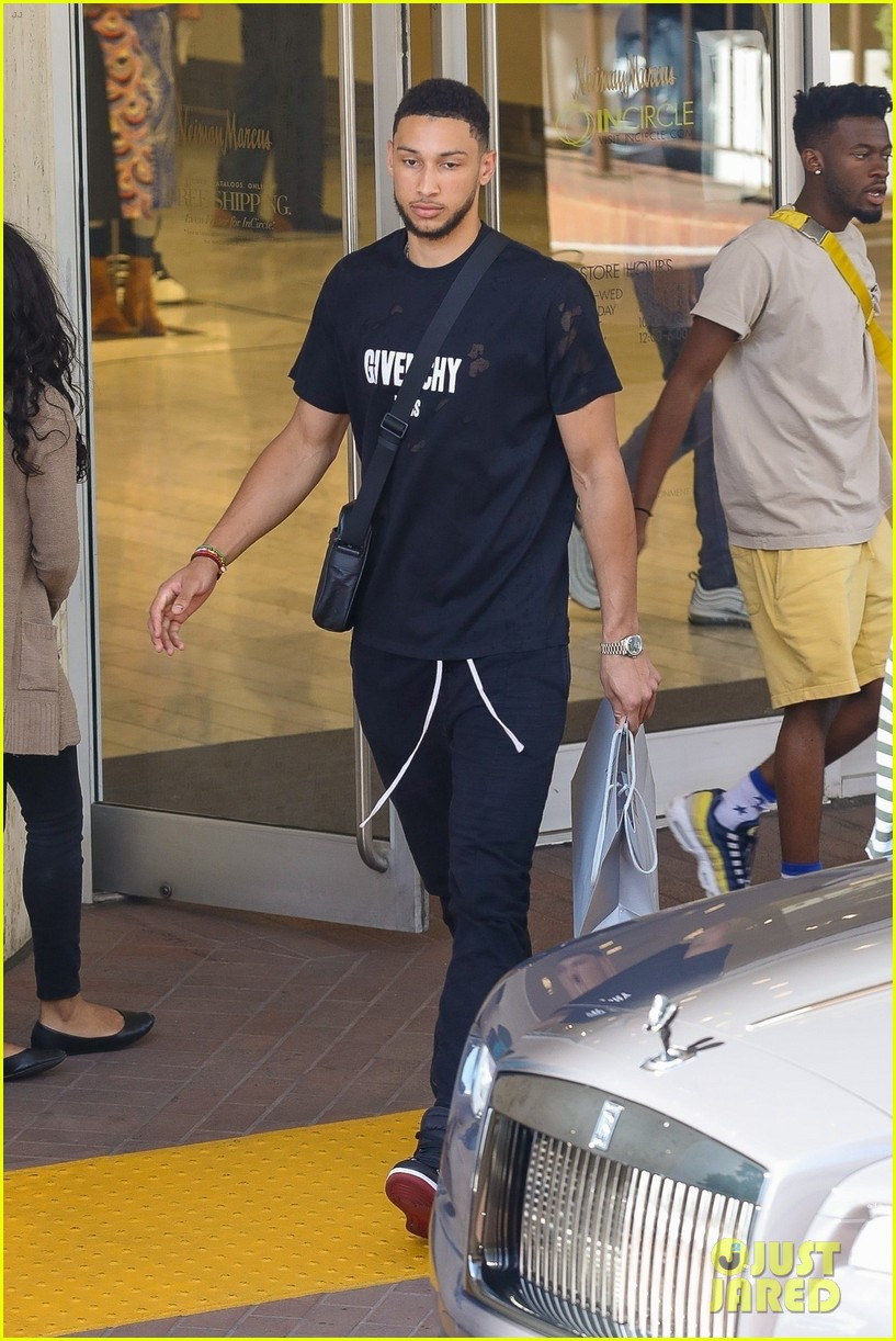 Kendall Jenner Goes Shopping with Rumored Beau Ben Simmons ...