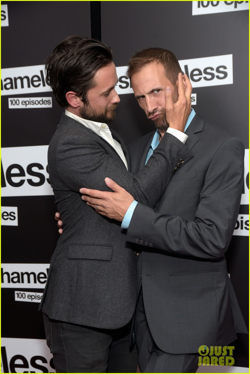 Justin Chatwin and William H Macy at Shameless Panel | Flickr