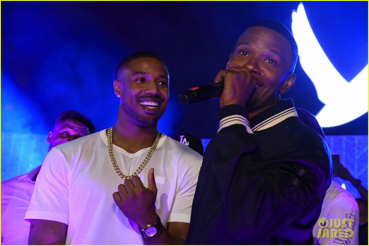 jamie foxx hosts bet awards after party 024107371