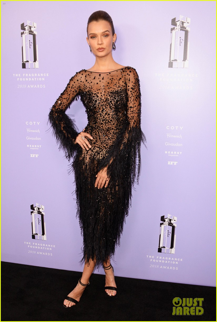 rita ora chanel iman fragrance foundation awards 124100506