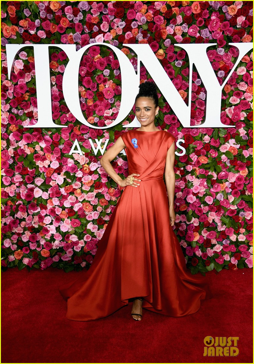 lauren ridloff condola rashad go glam in red for tony awards 2018 084099049