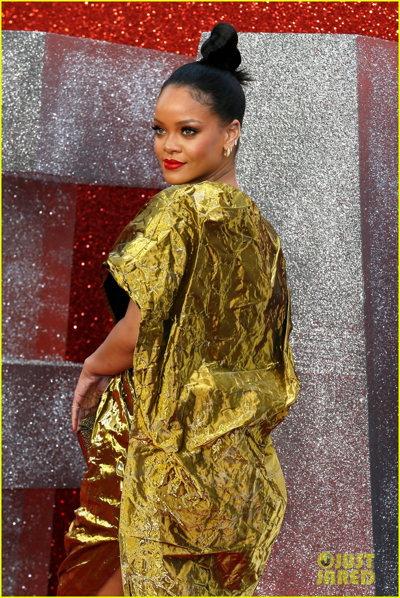 rihanna sparkles in gold at oceans 8 london premiere 164100926