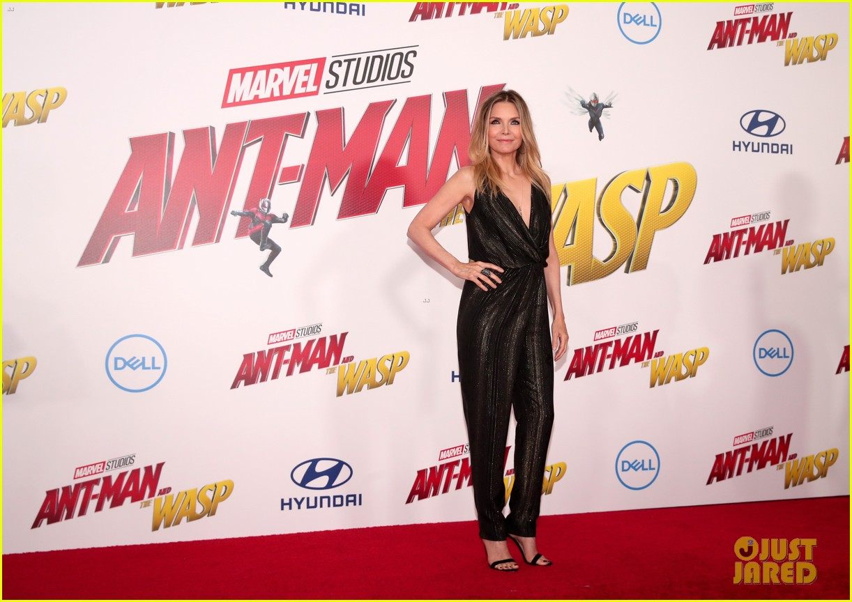paul rudd evangeline lilly and michelle pfeiffer premiere ant man and the wasp 464107444