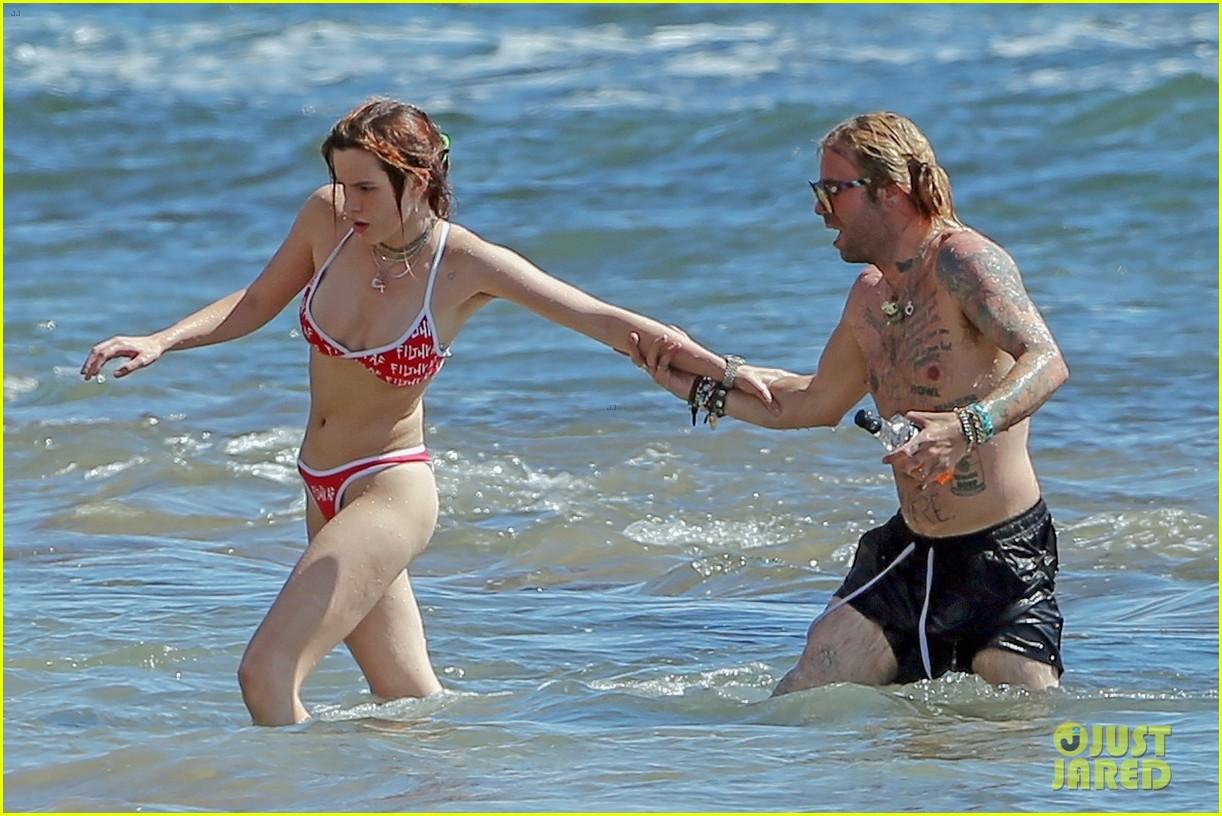 bella thorne mod sun bikini hawaii 054098241