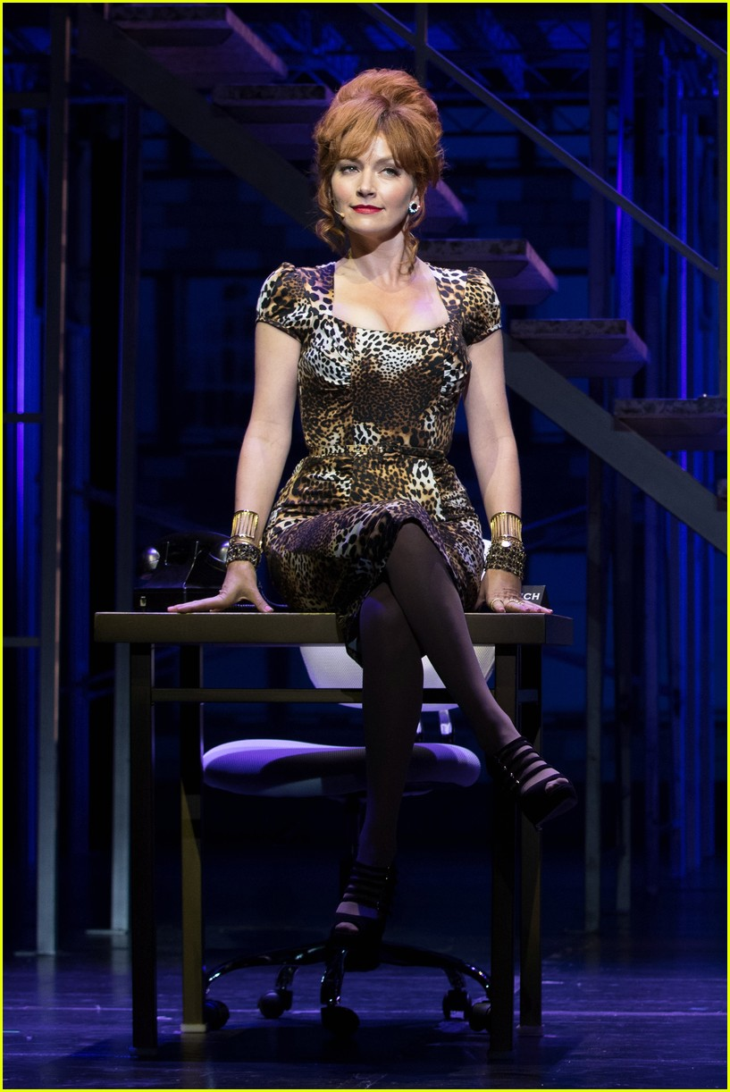 michael urie becki newton how to succeed 01