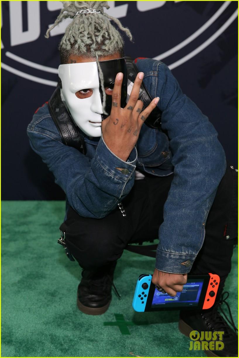 Latex Gas Masks