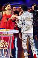 zendaya presents chadwick boseman with best performance in a movie at mtv movie tv awards 15