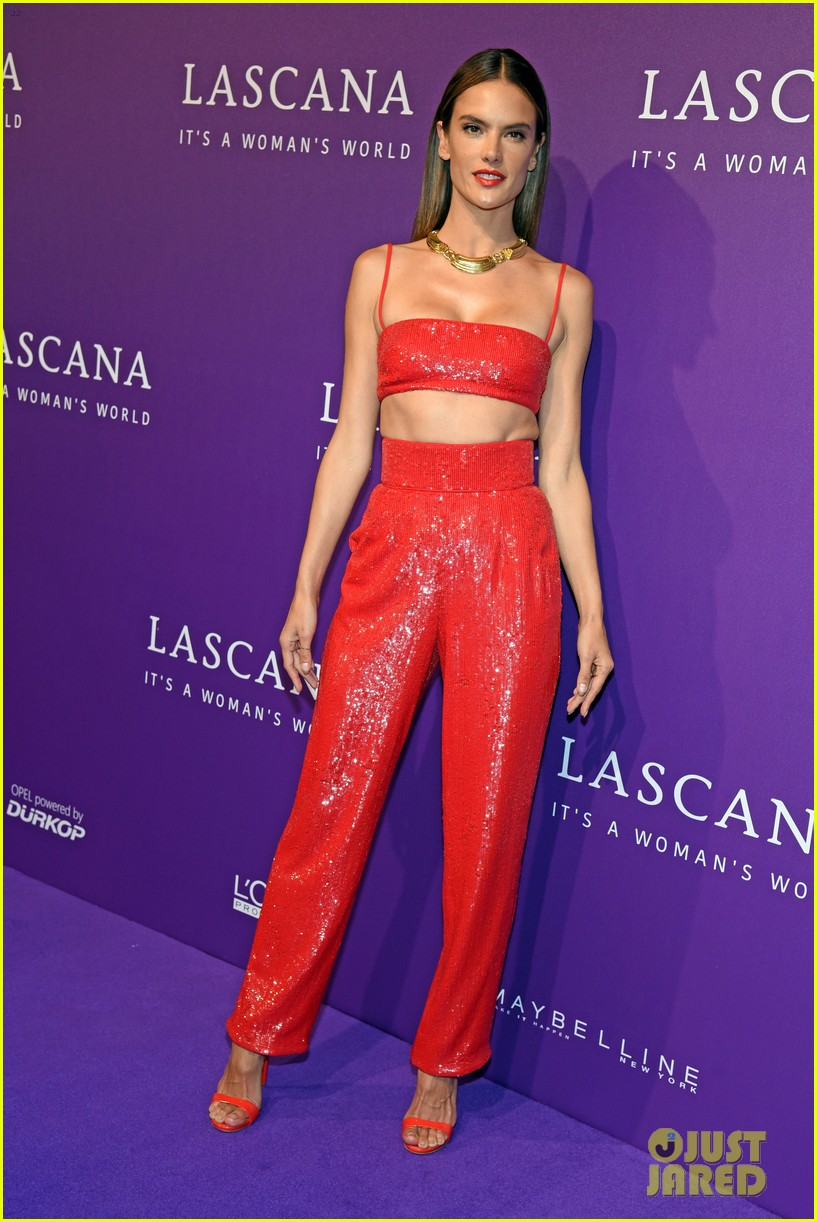 size 40 f5209 8a32b Alessandra Ambrosio Sparkles at Lascana Fashion Show!: Photo ...